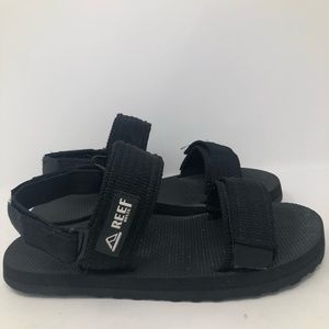 Reef Black Sandals Size 6/7